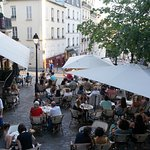 The restaurant terrace, from Place Emile-Goudeau.