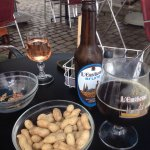 Apéro avec bière locale