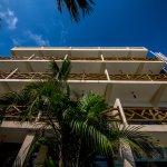 Foto de Riviera Pacific Suites Hotel