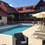 Nouvelle extension de l'hôtel avec 15 chambres et piscine
