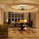 lobby rose boquet