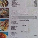 Lista de precios de uno de los locales de comida