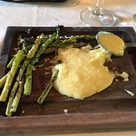 Polenta with grilled asparagus