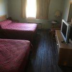 Room w/ 2 queen size beds.