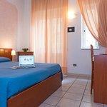 Photo de Hotel Tirreno