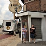 Here we are, about to go into the coolest history place, Sun Studio!
