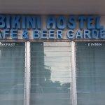 Bild från Bikini Hostel, Cafe & Beer Garden