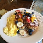 John's yummy French toast and eggs