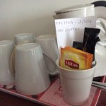 Tea/ coffee facilities- no milk !!