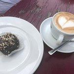 Cappuccino und Granatsplitter