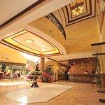 Photo de Queen Margarette Hotel