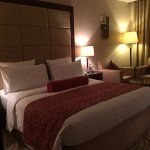 Park Regis Kris Kin Hotel Image