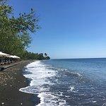 Photo de Matahari Beach Resort & Spa