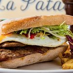 Chivito and chips
