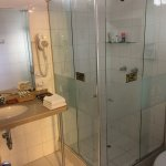 Bath with shower Hotel Rumi Punku