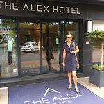 Photo de The Alex Hotel
