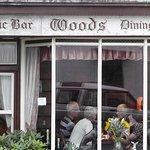 Woods Bar and Retsuarant.