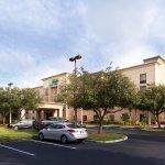 Holiday Inn Express Hotel & Suites - Veteran's Expressway Foto