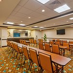 Photo of Holiday Inn Express & Suites Alpine Southeast