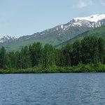 Photo de Summit Lake Lodge