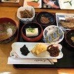 朝食です。 ニシンの焼き魚とベビーほたての味噌汁。