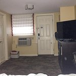 Port Inn - room interior