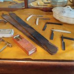 Barber's tools and personal double-edged razors