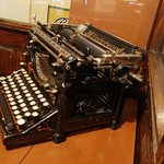 An old Underwood typwriter!