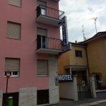 Photo de Hotel Bristol Milan