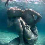Ocean-Atlas-Jason-deCaires-Taylor-Nassau-Bahamas_large.jpg