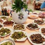 Il tavolo degli antipasti