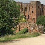 Credit-PR-Visitors to Kenilworth Castle