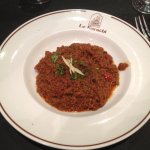 Kima Curry : Viande hachée sauce curry, relevée aux épices Indiennes