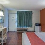 Photo de Motel 6 Ashland