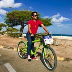 Cruising along Eagle Beach effortlessly with our electric bicycle!