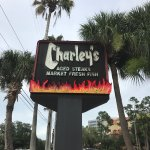 Charley's Steak House & Market Fresh Fish Foto