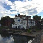 The hotel seen from the Maidenhead bridge