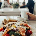 Hjemmelaget fersk mat og søtsaker