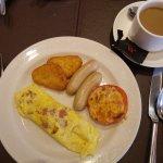 Regular breakfast buffet at Bistro: my make-to-order omelette.