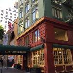 Photo de King George Hotel - A Greystone Hotel