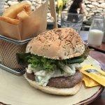 Lamb burger + potatos