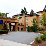 Holiday Inn Express & Suites Surrey Hotel Exterior