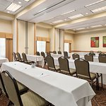 Photo de Country Inn & Suites By Carlson, Mankato Hotel and Conference Center