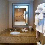 Photo of DoubleTree by Hilton Hotel Portland