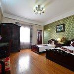 Photo de Little Hanoi Diamond Hotel