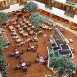 Photo de Embassy Suites by Hilton East Peoria - Hotel & RiverFront Conf Center