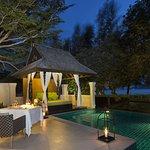Villa Barbeque Setting