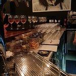 Foto de Nomad Food & Wine