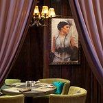 Здесь Вы сможете не только вкусно поесть, но и насладиться особой атмосферой исторической Москвы