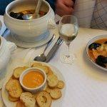 2 bouillabaisses et croutons_large.jpg